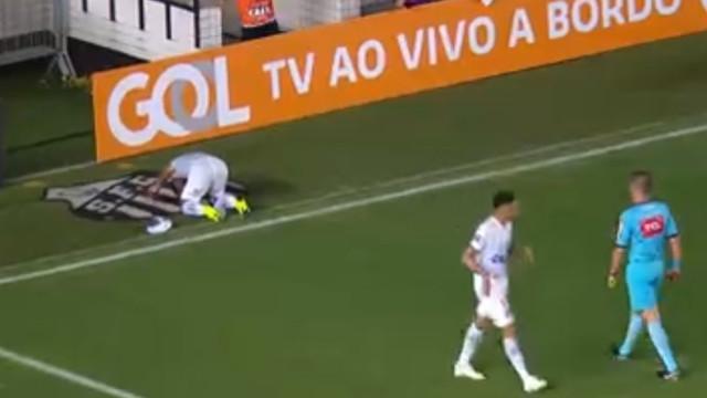 Gabigol marca e emociona-se no provável 'adeus' ao Santos
