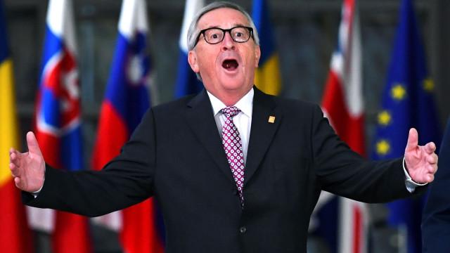 Líderes da União Europeia aprovam acordo para o Brexit