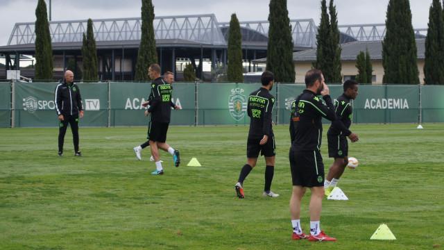 Sporting treinou no Azerbaijão com uma presença 'especial' no banco