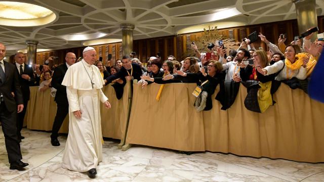Papa lembra morte de milhões à fome na Ucrânia e pede paz no país
