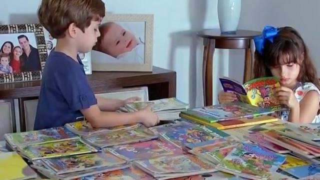 Menina de oito anos que já leu 400 livros faz doação a biblioteca