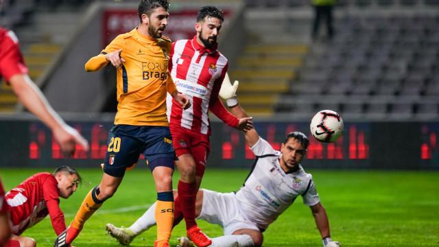 Paulinho 'vestiu' a capa de herói e colocou o Sp. Braga nos 'oitavos'