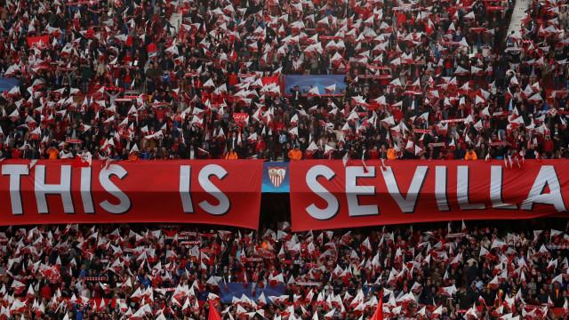Sevilla procura central e olha para jogador cedido pelo Sporting