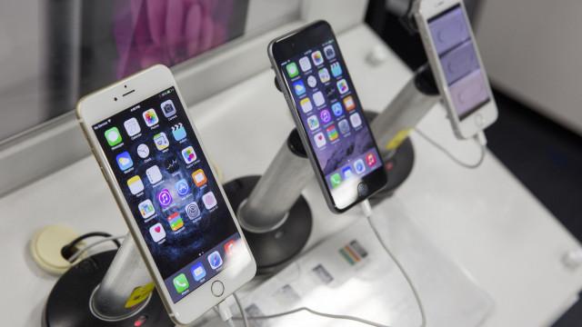 Smartphones em destaque nas vendas online na Black Friday dos EUA