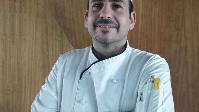 Chef Celestino Grave prepara Natal com showcooking no Porto Palácio