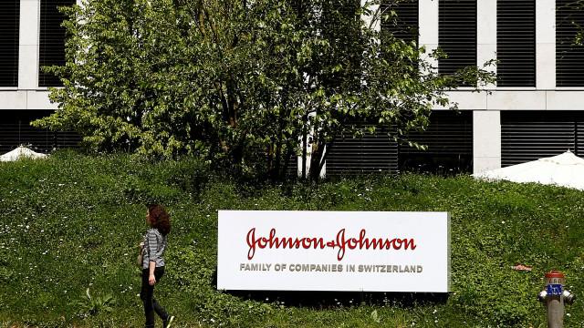 Johnson & Johnson sabia que implantes vaginais eram um risco e ignorou