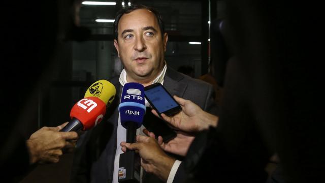 """""""Se Vieira não mudar de treinador, se calhar o clube muda de presidente"""""""