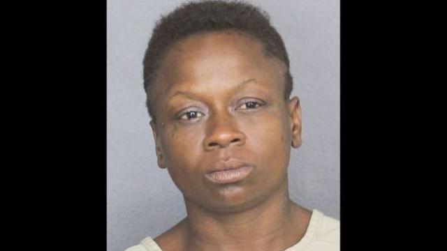 Flórida: Episódio de flatulência acaba em ameaça com arma branca e prisão