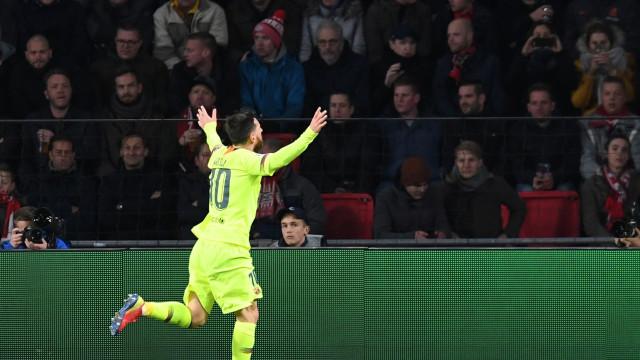 Lionel Messi 'destrona' Ronaldo em recorde da Champions