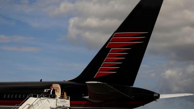 Jato privado de Trump envolvido em acidente no aeroporto de Nova Iorque