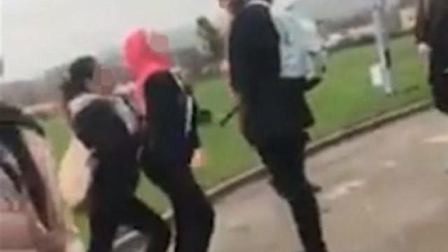 Irmã de refugiado sírio (também) foi alvo de agressão na escola