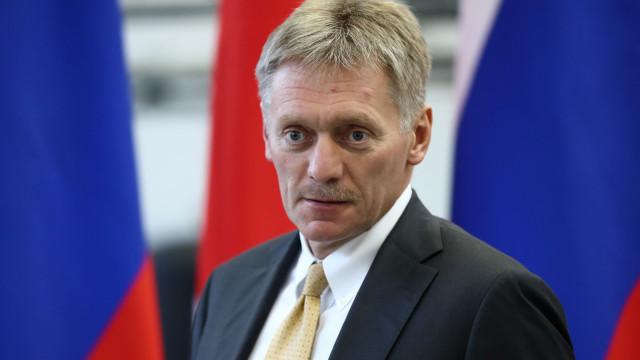 Kremlin acusa Ucrânia de querer aumentar tensão militar com apelos à Nato