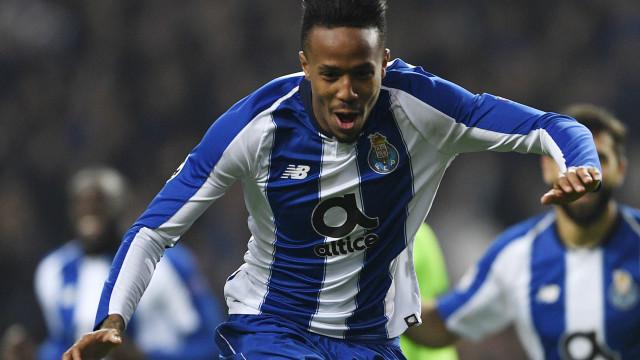 UOL: Mourinho ligou ao FC Porto por causa de Éder Militão