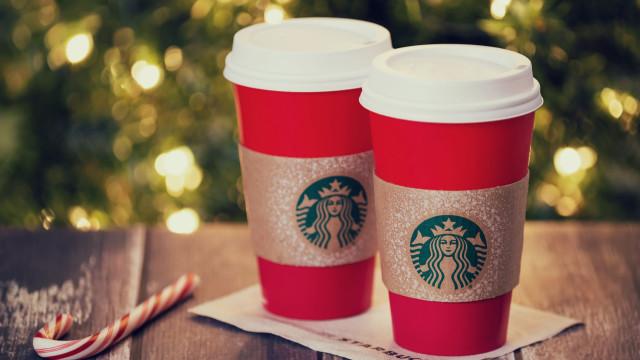 A Starbucks lança os stickers mais divertidos para ilustrar este Natal