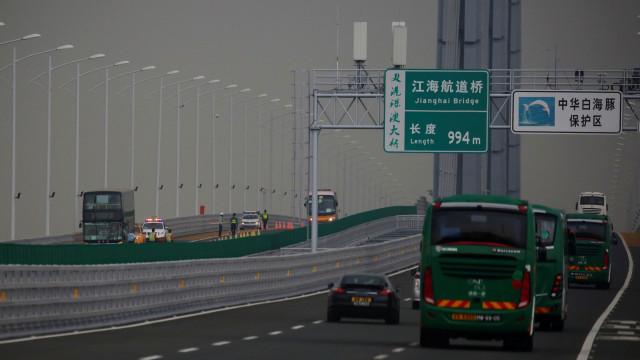 """Trânsito na mega ponte ficou """"aquém das expectativas"""" no primeiro mês"""