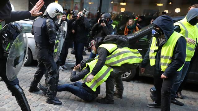 Embaixador espera protesto sem efeito colateral na comunidade portuguesa