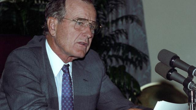 Bush desejava a queda da República Islâmica, sublinha Irão