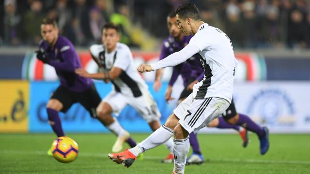 Não foi preciso viola para o 'maestro' Ronaldo dar música em Florença