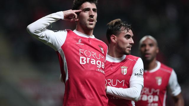 Sp. Braga 'morde' a liderança e deixa aviso a FC Porto e Sporting