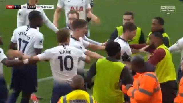 Eric Dier marcou, mandou calar os adeptos do Arsenal e 'entornou o caldo'