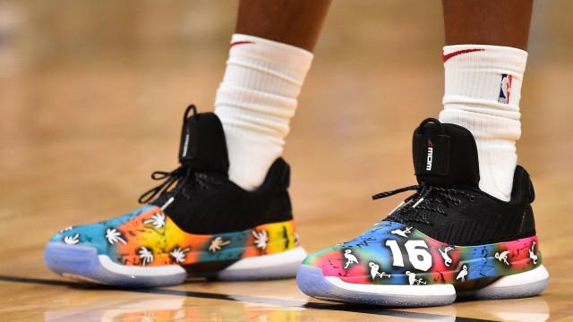 Excentricidade é com eles: As botas mais estranhas da NBA