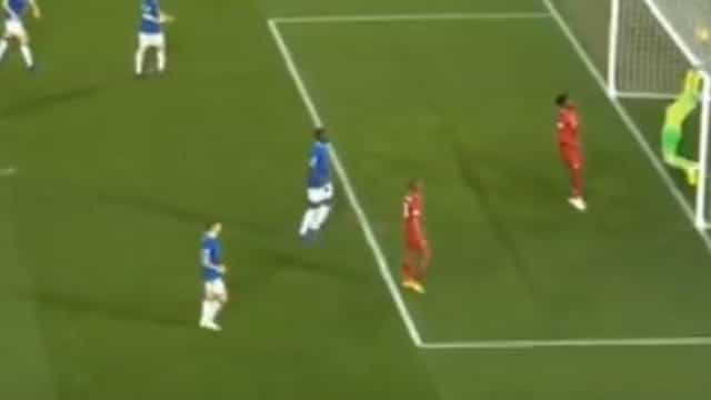 Foi este o golo que 'tramou' Marco Silva no dérbi de Liverpool