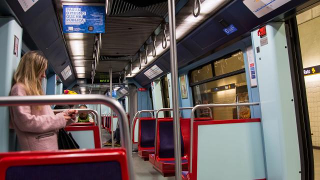 Metro de Lisboa celebra Natal dando descontos e com 2ºconcurso de montras