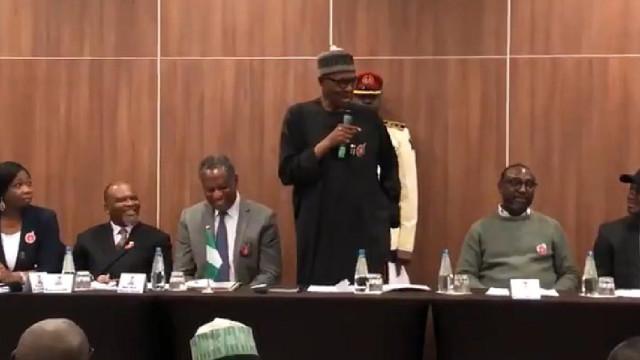 """Presidente da Nigéria desmente que é um clone. """"Este sou eu, garanto-vos"""""""