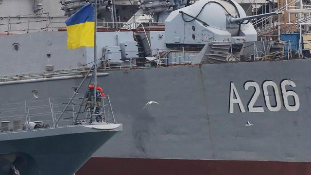 Rússia acusa 24 marinheiros ucranianos de travessia ilegal da fronteira