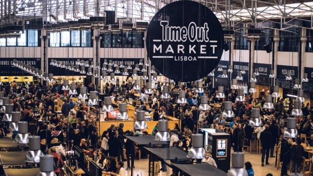 Time Out Market Lisboa celebra 5.º aniversário, com Farra Fanfarra