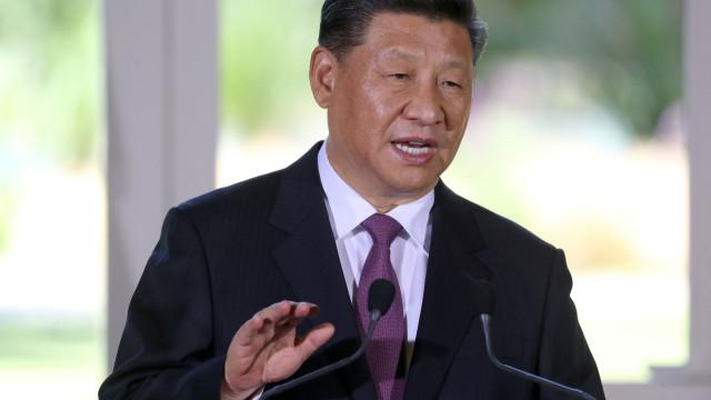 """Presidente chinês afirma que """"ninguém pode ditar"""" a conduta do país"""