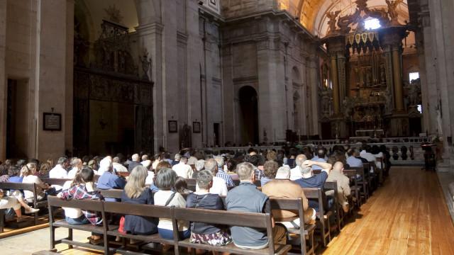 Charamelas d'El Rey apresenta-se pela primeira vez em S. Vicente de Fora