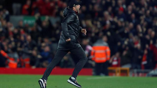"""""""Se fosse Mourinho a invadir o relvado, seria suspenso por 25 jogos"""""""