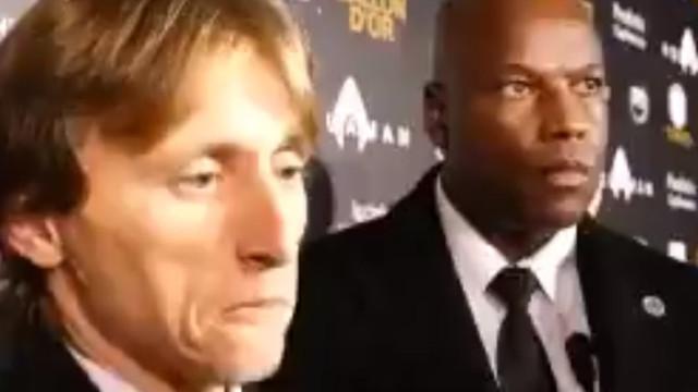 Modric dedicou Bola de Ouro a Xavi, Iniesta e Sneijder