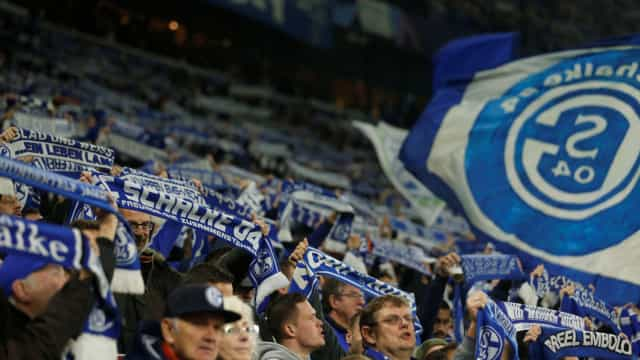 Identificados suspeitos de furto de bagagens de jogadores do Schalke 04