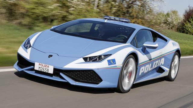 Estes são os carros de polícia mais potentes que já viu