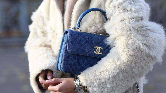 Chanel vai deixar de usar peles de animais nos seus produtos