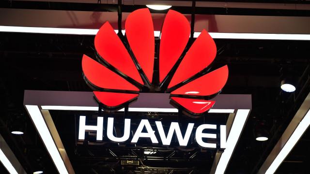 Nem um ano de polémicas abranda popularidade da Huawei
