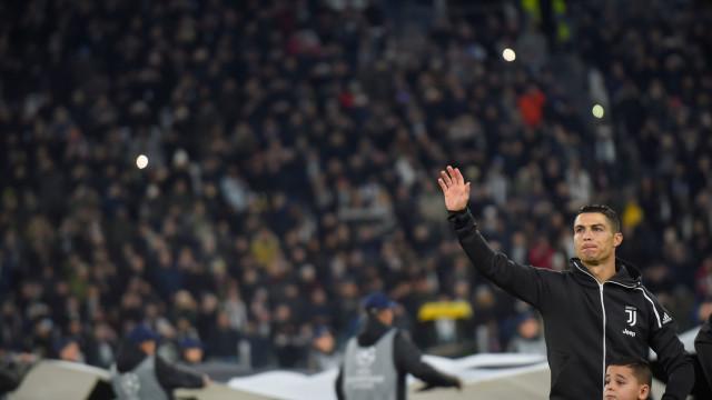 """Champions? """"Agora têm Ronaldo, parecem mais fortes...vamos ver com o VAR"""""""