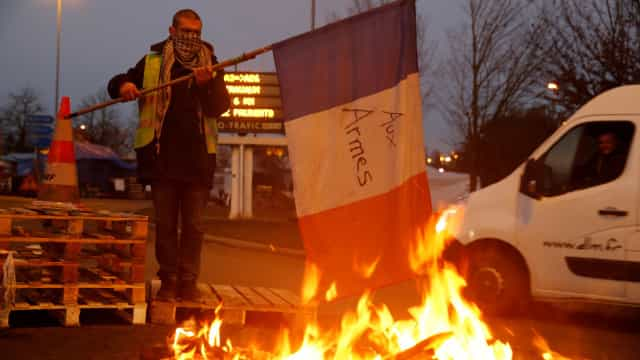 """Bruxelas prepara-se para concentração de """"coletes amarelos"""" no sábado"""