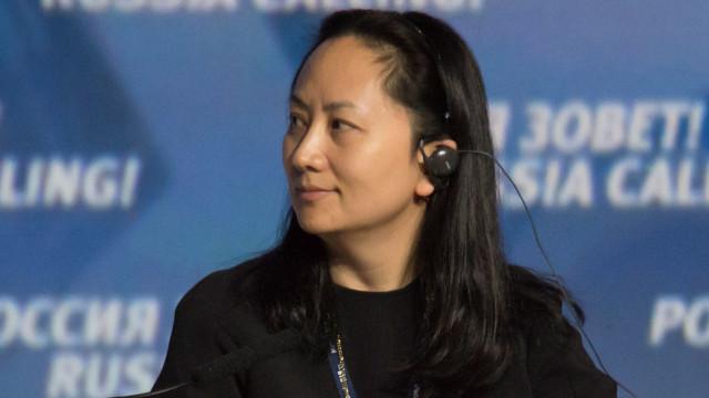 China convoca embaixador americano após detenção de diretora da Huawei