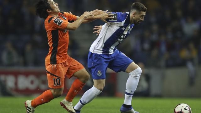 """""""O Herrera não fecha a porta à continuidade no FC Porto"""""""