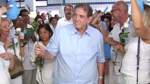 Médium brasileiro tentou levantar fortuna antes de se entregar