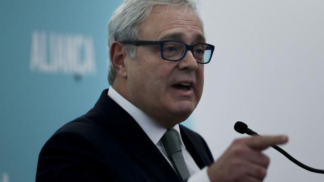 Paulo Sande admite ser visto como 'voz de Belém' na campanha