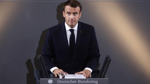 Coletes Amarelos: Após silêncio, Macron deverá falar amanhã