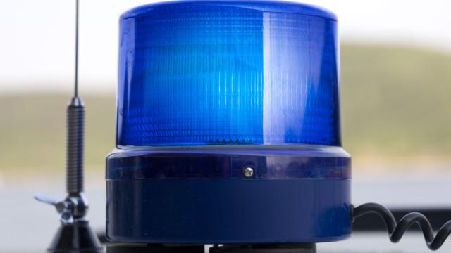 Carro atropela várias pessoas em procissão nos Açores e faz dois mortos