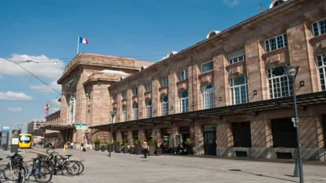 Três mulheres agredidas em França por jovem perturbado