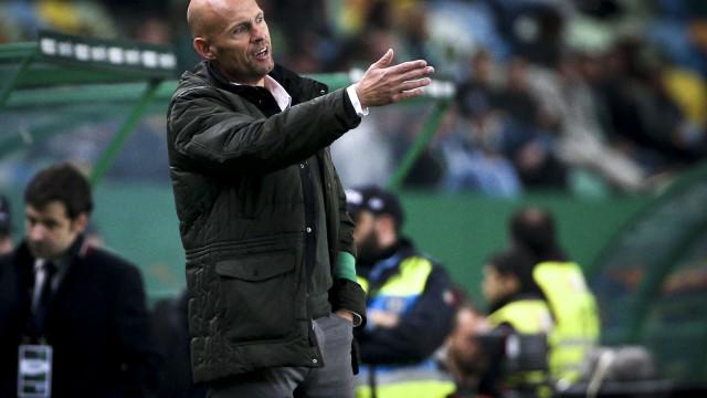 [0-0] Tkachenko 'rouba' o golo a Miguel Luís