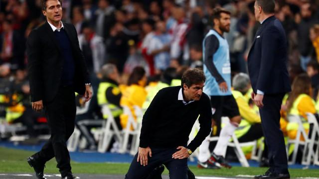 Presidente do Boca Juniors surpreende e propõe renovação a Schelotto