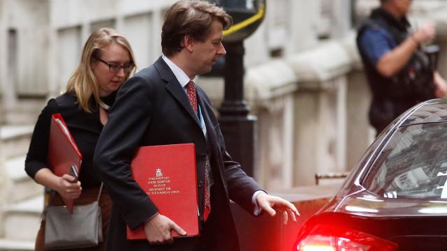 Brexit: Parlamento britânico vai votar o acordo antes de 21 de janeiro